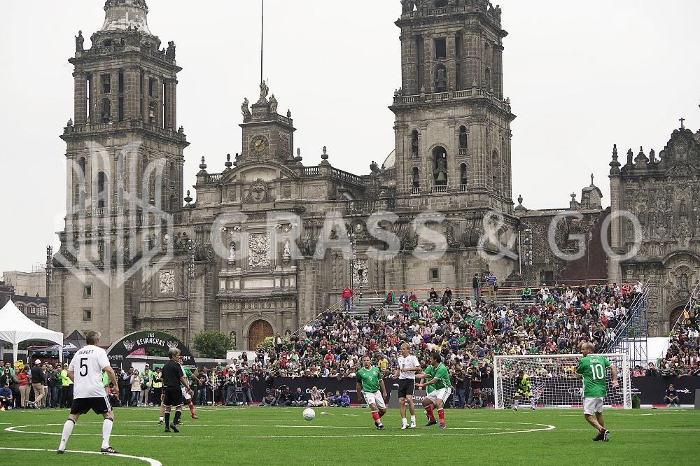"Cancha ""Las Revanchas"", Zócalo CDMX - Alazraki Sports."